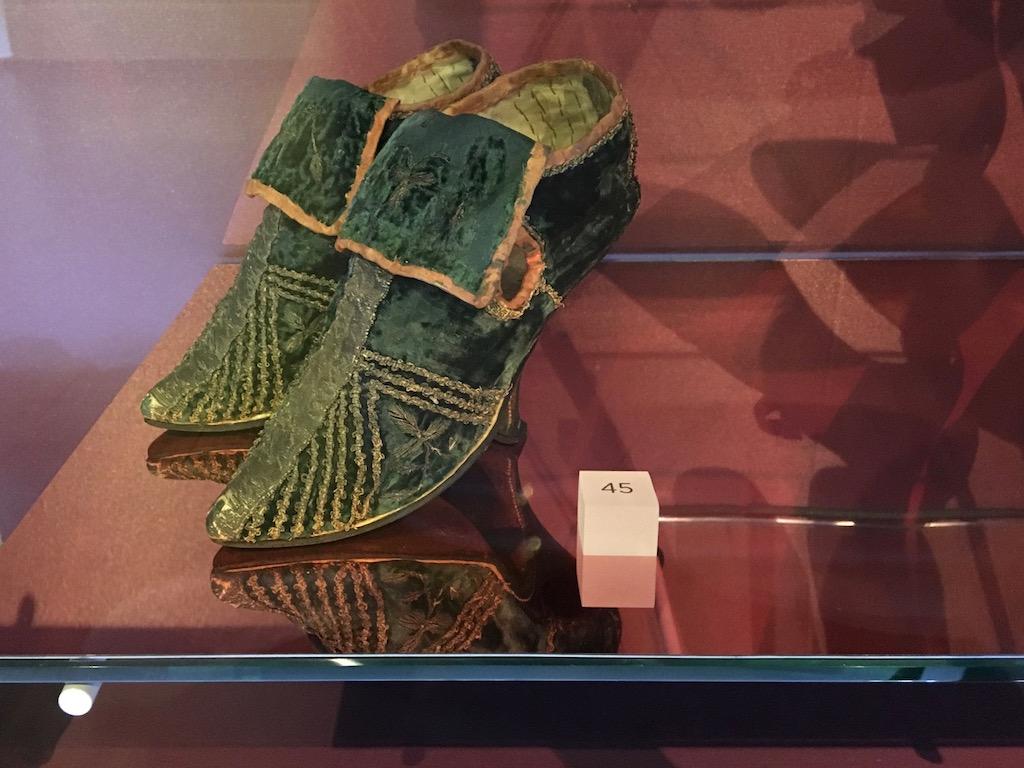 mode tassenmuseum collectie rijks schoenen uit 1700